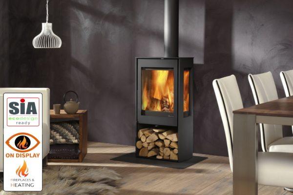 Dik Geurts Kalle EA 2022 SIA stove on display in Luton