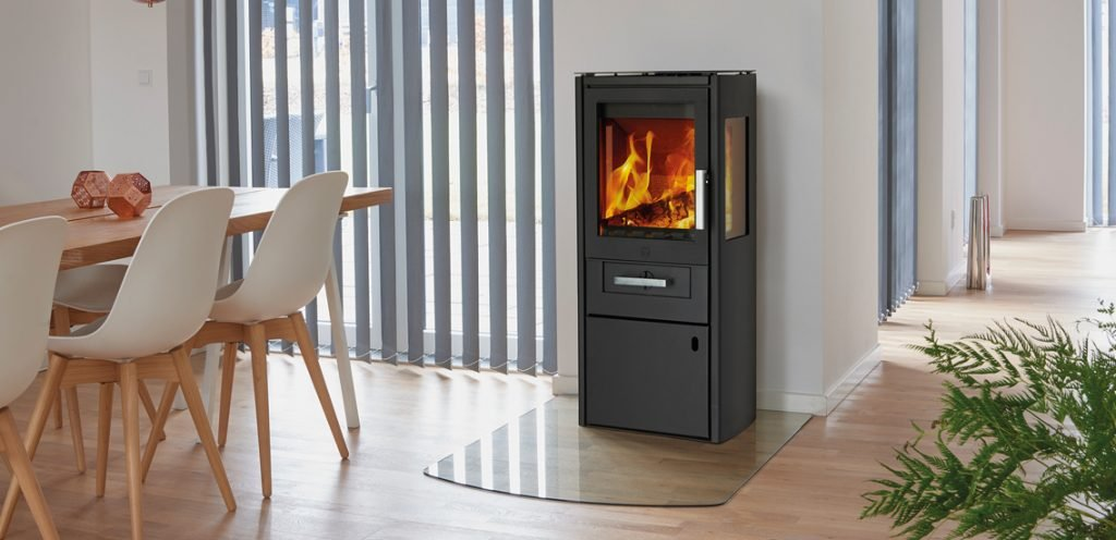 Cadre's Borholm woodburner - an excellent stove for an extension, garden room or conservatory